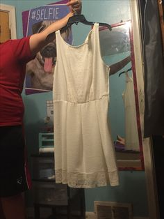 White dress worn once. Bought from kohls I think. Asking 25 shipped.