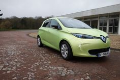Premier roulage à bord du prototype Next Two, la Renault Zoé autonome. Plus d'infos sur www/largus.fr