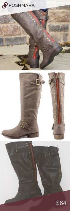 """EUC 'Madden Girl' Insulated Boots ⭐️SALE⭐️ Cozy & durable. """"Cactuss"""" style in taupe (muted gray-brown). Faux leather with decorative straps/buckles. Full-length studded zipper with red trim. Bronze-toned metal accents. Padded insole & inner lining for warmth. Low heel. Functional zipper.  In EXCELLENT pre-owned condition, only light wear on heels/soles & light scratching on buckles. From a clean, smoke-free home. Measurements available upon request.  ✅ Offers Welcome  ✅ 20% OFF Bundles  ⛔️…"""