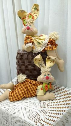 1 million+ Stunning Free Images to Use Anywhere Bunny Crafts, Easter Crafts, Crafts To Make And Sell, Diy And Crafts, Teddy Bear Sewing Pattern, Asian Quilts, Felt Patterns, Sewing Dolls, Stuffed Animal Patterns
