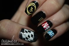 Nascar Nails...gotta try this