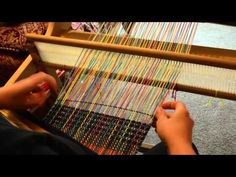 1/5 warp floats on a rigid heddle loom - YouTube