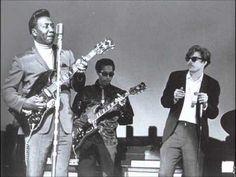 Ascoltando Muddy Waters: Hoochie Coochie Man