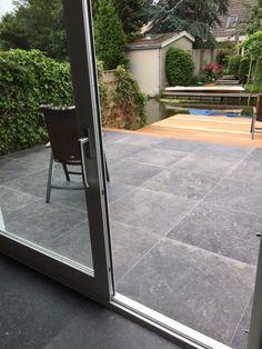 Terras tegels hardsteenlook kronos blautech hardsteen tegels 80x80 cm