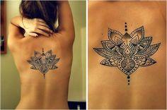Magnifique Tatouage Lotus Dos Femme Ur5e4
