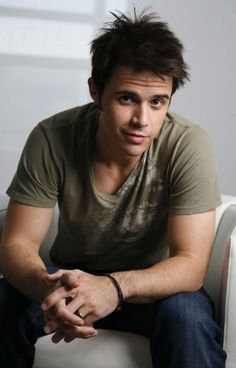 oafjejpoajeflajf. Why?? Why are you so attractive? <3