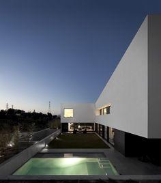 Quinta dos Alcoutins House by GGLLatelier | © Fernando Guerra, FG+SG Architectural Photography