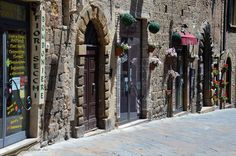 2015 Volterra Toscana Italia                              Attribution-No Derivative Works  by Giorgio Sari