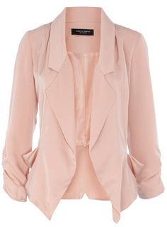 Fitted blush blazer
