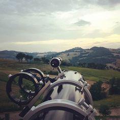 """Tutti pronto per """"Coccole di Stelle"""" sulle colline marchigiane .. il fascino delle #Marche fra cielo e terra! http://ift.tt/2932Saz #Castello #SanPietro #astroturismo #astrotourism #italy #italia #tramonto #cielo #tramonti #tramonti_italiani #stelle #stars #astronomia #ristorante #agriturismo #hotel #viaggi #turismo http://ift.tt/2a8GiQb - http://ift.tt/1HQJd81"""
