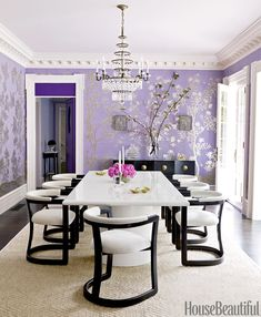 For my purple obsessed friend and mother : For the dining room of this Massachusetts house, Mary McGee designed a bold lacquered table and contemporary chairs that contrast with the delicate hand-painted Chinese wallpaper by Gracie. Purple Home, Deco Violet, Chinese Wallpaper, Muebles Living, Best Paint Colors, Ideas Hogar, Contemporary Chairs, Modern Chairs, Contemporary Bedroom