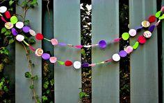 Felt Banner Circles Decoration Summer pink by RaisingGreenKids