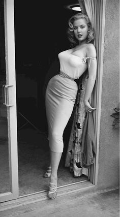 1950s glamour girl and pin up Betty Brosmer who had the amazing hourglass figure of: 38-18-36 (inches). Her she has the most tiny waist, I know a lot more clothes were handmade in the fifties, but …