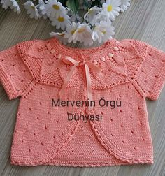 Told knit baby bolero - Knitting Crochet Crochet Baby Cardigan, Knit Baby Sweaters, Baby Afghan Crochet, Baby Girl Crochet, Crochet Baby Clothes, Crochet Baby Hats, Baby Knits, Knitted Baby, Baby Knitting Patterns