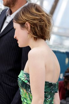 More Pics of Emily Browning Short Straight Cut
