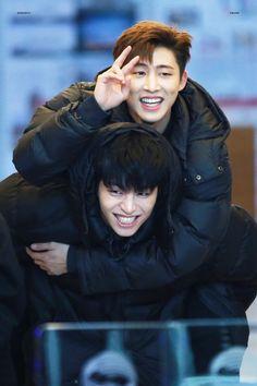 """섹시준회 331 on Twitter: """"180202 홍키라———HQ 아이콘가 해복하면 저도 행복해요 그러니까 언제나 행복하기를 바래요ㅠㅠ #JUNE #준회 #아이콘 #BI… """" Bobby, Korean Celebrities, Celebs, Innocent Person, Ikon Kpop, Yg Ikon, Winner Ikon, Koo Jun Hoe, Hip Hop"""