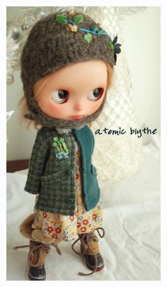 Felted Wooly Knit Winter Hat and Coat Set by Atomic Blythe OOAK #blythe