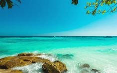 Download wallpapers ocean, azure lagoon, seascape, tropical islands, beach, waves, blue sky, travel concepts