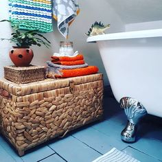 BATHROOM and BASKETS for day 20 and day 23 of #myhousethismonth . Can you tell I'm just wandering around the house in my dressing gown with a cup of tea playing insta catch-up?? . . . #mydiymydecor #dailydecordetail . . . #bathroominspo #mydiymydecor #dailydecordetail #instahome #myhome #interiordesign #interiors #interior123 #interiorbooom #myhshome #colourmyhome #renovation #orange #floorboards #victorianhome #bathroomdecor #diy #diydecor #yellow #blue #bathroomdecor #baskets #bathroom…