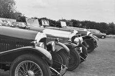 Displaying Hundred House_Bentleys Owners Club visit_1970 approx_2.jpg
