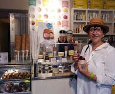 My best Icecream in Florence, Italy Ice Cream Parlor, Chocolate Ice Cream, Florence Italy, Icecream, Italy Travel, I Am Awesome, My Favorite Things, Brioche, Ice Cream