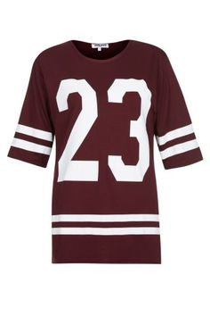 Free delivery available today - Shop the latest trends with New Look's range of women's, men's and teen fashion. Teen Fashion, New Look, Latest Trends, Burgundy, Baseball, T Shirt, Clothes, Shopping, Tops