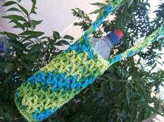 Ravelry: Water Bottle Carrier pattern by Fair Trade Family Crochet Beanie, Crochet Yarn, Knitting Yarn, Crochet Classes, Crochet Projects, Crochet Home, Crochet Gifts, Crochet Designs, Crochet Patterns