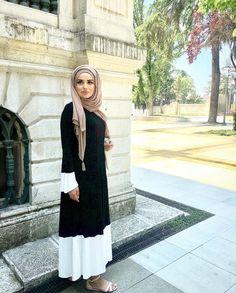 Pinterest @adarkurdish hijab style Islamic Fashion, Muslim Fashion, Modest Fashion, Hijab Fashion, Abaya Designs, Casual Hijab Outfit, Modest Wear, Muslim Dress, Latest Outfits