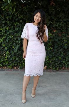 This pink Rachel Parcell lace dress is one of my favorite's from all of her collections. I love the color, lace detail and dreamy sleeves. Modest Church Outfits, Cute Modest Outfits, Stylish Outfits, Church Attire, Pink Prom Dresses, Dresses For Teens, Modest Dresses, Casual Dresses, Midi Dresses