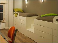 Маленькая спальня дизайн интерьера, компактная кровать