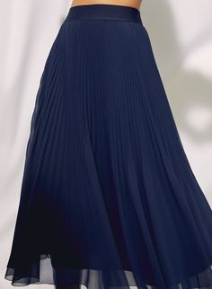 This is a dramatic A-line skirt with a wide waistband and permanent pleats that keep their shape. It's made with elegant chiffon that showcases the delicate sunburst pleats. Knife Pleated Skirt, Blue Pleated Skirt, Pleated Skirt Outfit, Chiffon Skirt, Skirt Outfits, Dress Up, Girly Outfits, Cool Outfits, Twirl Skirt
