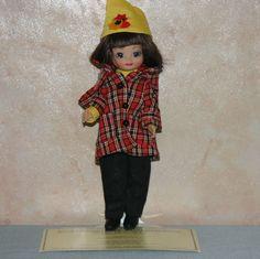 2005 - Autumn Stroll Betsy | Tonner Doll Company