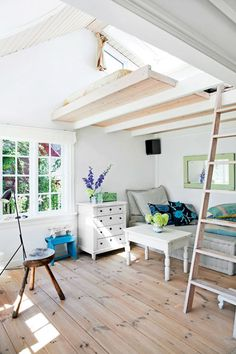 This Tiny Little Danish House is the Perfect Summer Getaway Apartment Therapy Small Apartments, Small Spaces, Studio Apartments, Apartment Therapy, Summer House Interiors, Danish House, Gravity Home, Lofts, Tiny Living
