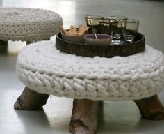 """Labeled as """"Knitted Pouf on Legs""""--looks to be crochet actually. Expensive to buy but looks easy to hack if you could find thick enough yarn/roving. Handmade Furniture, Handmade Home Decor, Handmade Decorations, Furniture Decor, Furniture Design, Handmade Items, Knitted Pouf, Knitted Ottoman, Ottoman Footstool"""