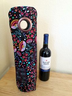 Wine Bags - Black Pink Blue Flower Patterned INSULATED Wine Tote, Wine Bag, Champagne Bag, Gift Sack, Hostess Gift, Housewarming Gift