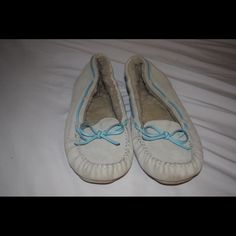White and Light blue Moccasins So by Kohls brand white and light blue tie moccasins. Inside fur only partially worn. Never worn in snow. Gently used. Stylish and comfy! SO Shoes Moccasins