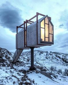 Voici les plus belles cabanes d'architecte pour s'isoler - Elle Décoration Minimalist Architecture, Interior Architecture, Interior Design, Sky Home, Casas Containers, Container Architecture, Tiny House Cabin, Voici, Houses