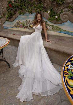 Courtesy of Giovanna Sbiroli Collection of Maison Signore Wedding Dresses; www.maisonsignore.it