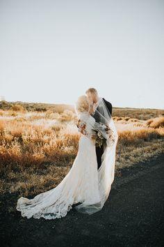 wedding photography - photo by Alex Lasota http://ruffledblog.com/autumn-wedding-for-two-middle-school-sweethearts
