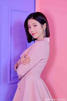 • Kwon Eunbi