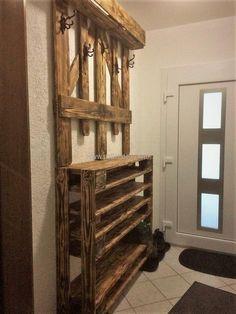 recycled pallets wardrobe idea