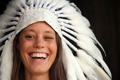 coiffe de plume blanche courte longueur indien par etnikabali