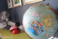 You all have seen the amazing decoupage globes created by Wendy Gold, right? They are so inspirational, and I would love to own one. This is one of my favorites, and one that I thought would fit in…