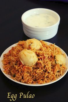 egg pulao recipe, anda pulao - Yummy Indian Kitchen How To Make Eggs, Food To Make, Egg Kurma, Chicken Kurma, Veg Pulao, Indian Kitchen, Korma, Chutney Recipes, Fried Onions