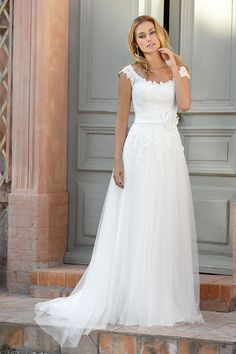 Explore the extensive collection of wedding dresses by Ladybird Bridal online. Affordable, stylish wedding dresses with the perfect fit for any figure. Modest Wedding Dresses, Designer Wedding Dresses, Bridal Dresses, Wedding Gowns, Wedding Dress Finder, Plus Size Wedding, Bridal Collection, Dress Collection, Bridal Style