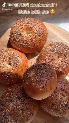 Fun Baking Recipes, Healthy Baking, Healthy Snacks, Cooking Recipes, Healthy Recipes, Vegan Bagel, Homemade Bagels, Snacks Saludables, Snacks