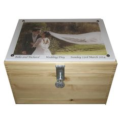 XL Natural Pine Wedding Box with Photo on Acrylic Wedding Keepsake Boxes, Wedding Favor Boxes, Wedding Keepsakes, Personalized Couple Gifts, Personalised Box, Paper Candy, Handmade Christmas Gifts, Box Frames, Decoration