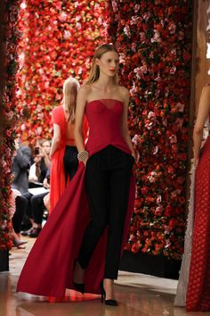 New-look Dior blooms at Paris couture
