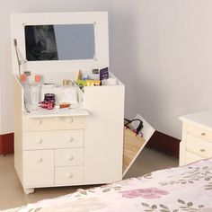 High Quality Makeup Cabinet