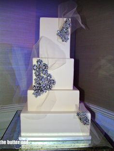 Splendid Wedding Cake Inspiration from The Butter End Cakery Part II. To see more: http://www.modwedding.com/2014/06/30/thebutterend-com/ #wedding #weddings #wedding_cake